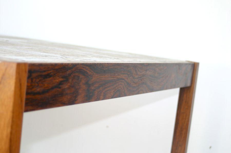 Tisch mit fliesen tisch mit fliesen kolonial m belkunst24 for Couchtisch mit fliesen